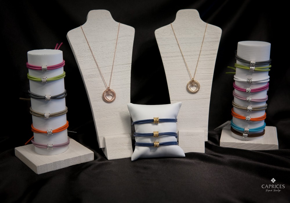 Tuum bracelets and pendants are a perfect gift for a loved one.